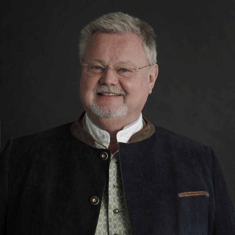 Winfried Holzapfel